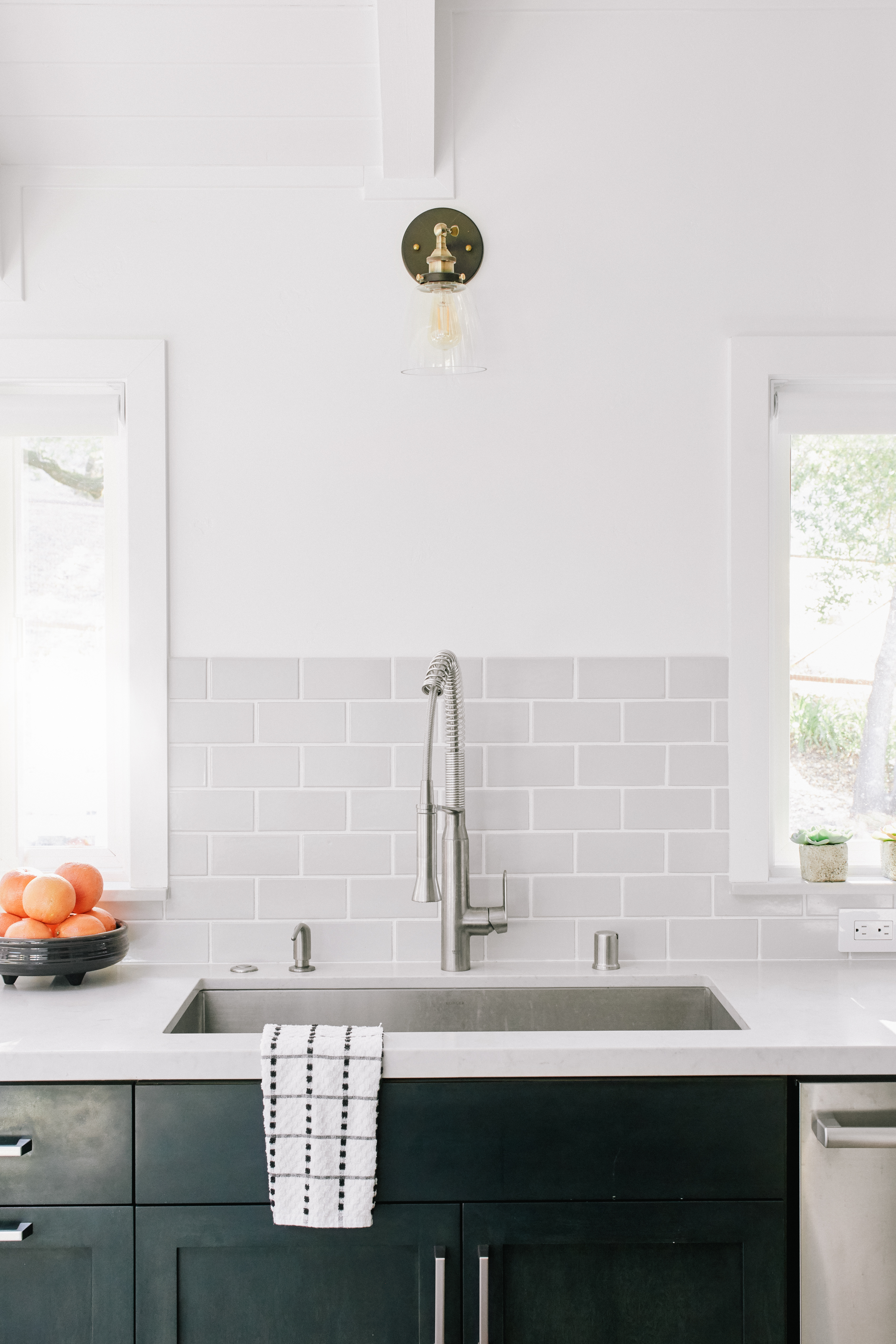How to Choose the Right Grout Size For Your Tile | Fireclay Tile  X Tile Backsplash Kitchen Corner on 6x6 kitchen island, 12x12 kitchen tile backsplash, 6x6 kitchen tile flooring, 6x6 ceramic tile, 6x6 bathroom tiles, 6x6 pool tile, tropical kitchen tile backsplash,