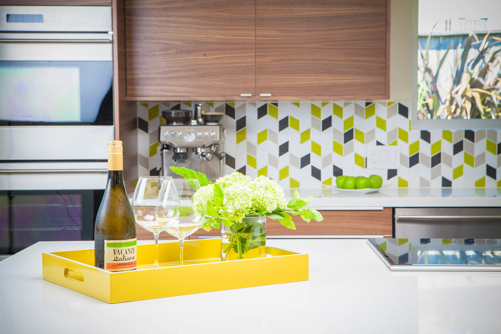 2017_q3_image_residential_kitchen_backsplash_small_diamond_stitch_white_wash_chartreuse_dolomite_akoya_designer_Karen_Nepacena_of_Destination_Eichler_4_181023_142820.jpg?mtime=20181023142820#asset:422785