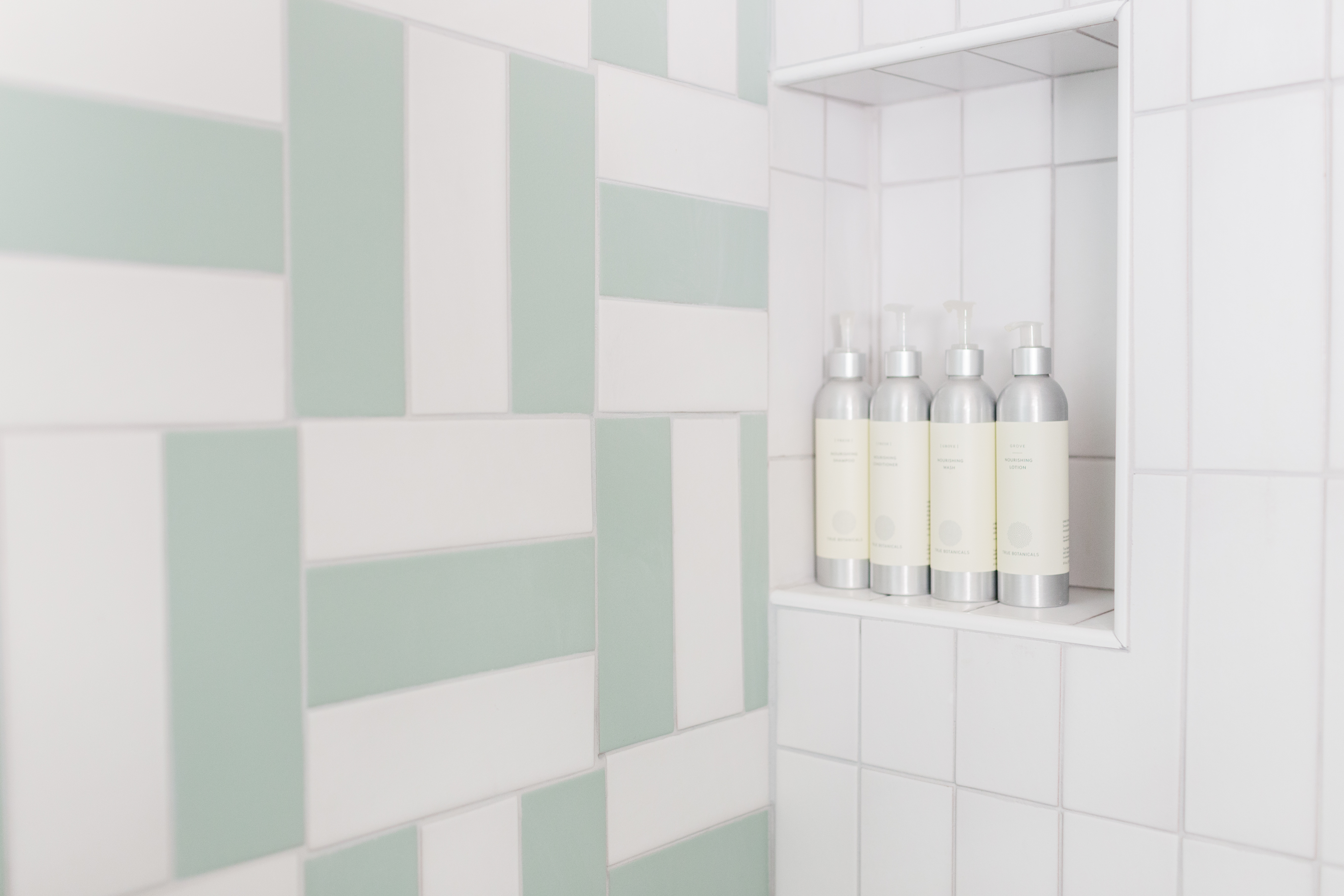 Tile Shown: 3x9s in Daisy and Sea Glass