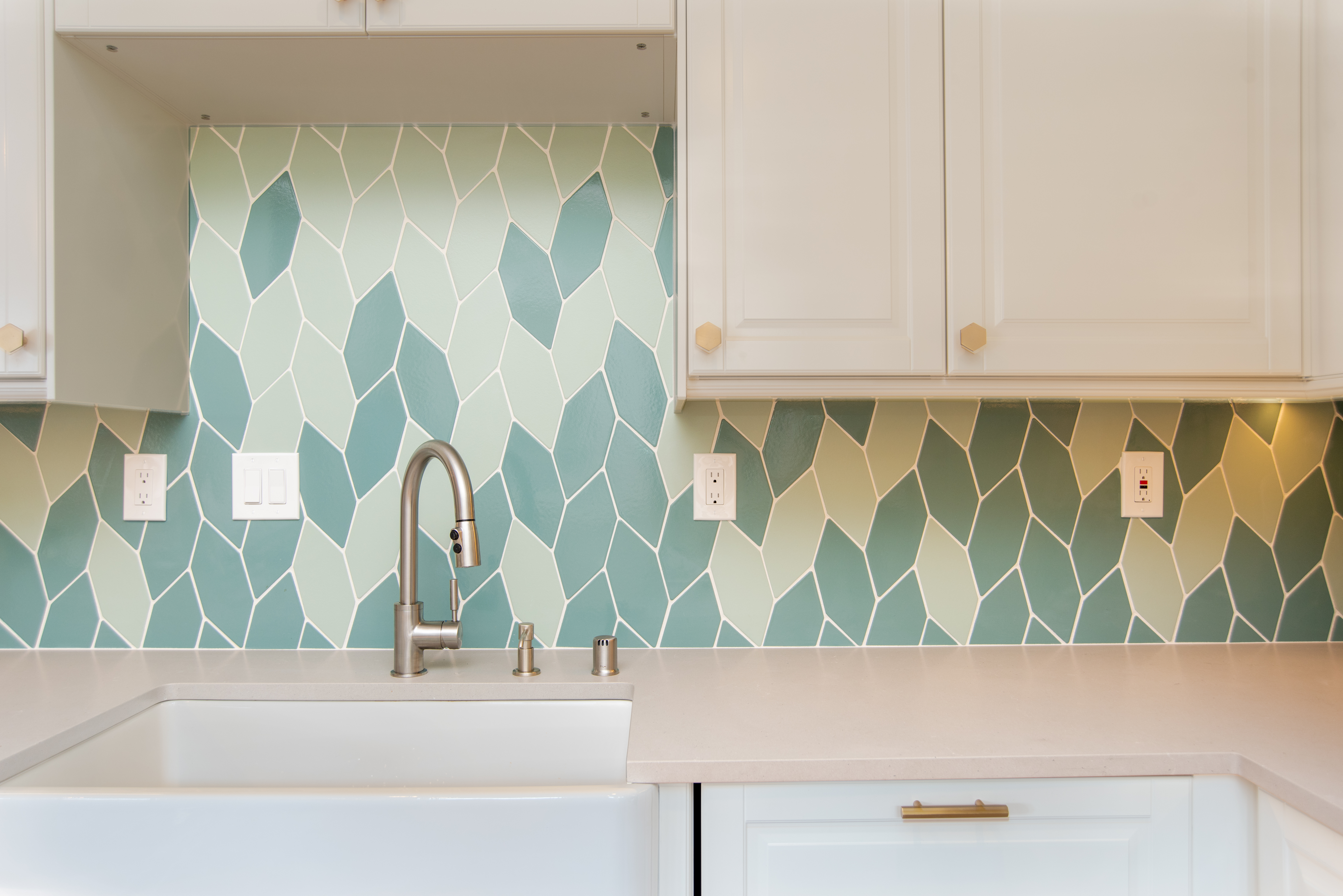 Fireclay Tile Sea Glass + Jade Picket Braid Backsplash