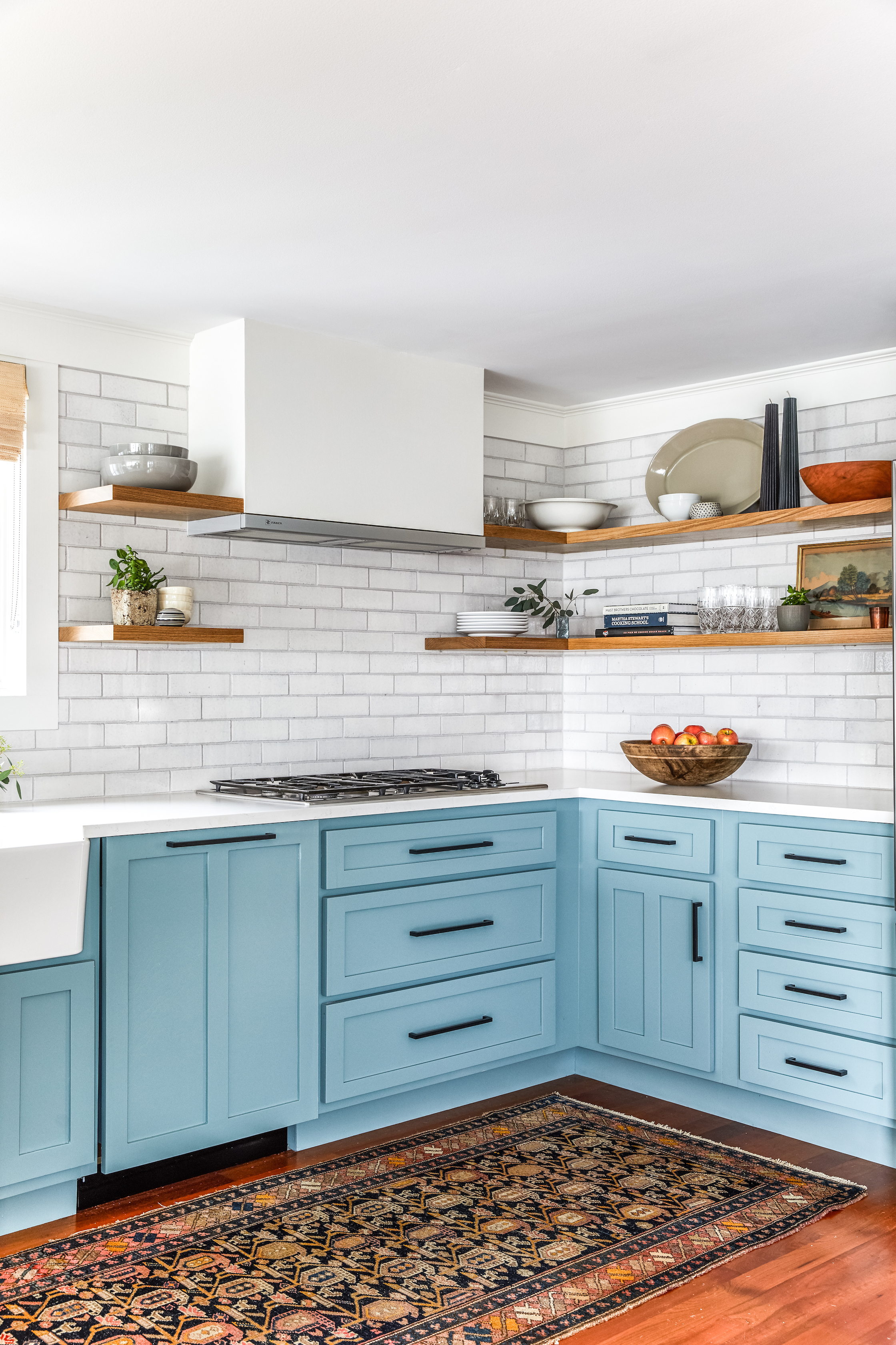 2018_q1_img_residential_hi_res_RIGHTS_erin_little_photo_heidi_lachapelle_design_kitchen_backsplash_maine_brick_olympic_glazed_edge_trim_FC222895_1_181118_121353.jpg?mtime=20181118121353#asset:426251