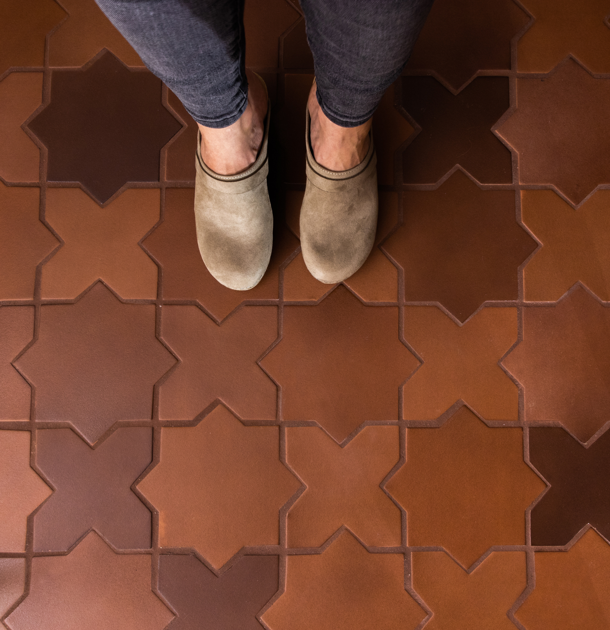 Starry eyed for this floor tile (Large Star and Cross in Antique)