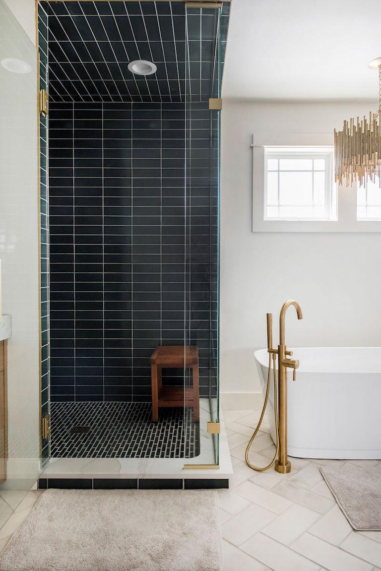Handmade tile shower - Loch Ness 3x9