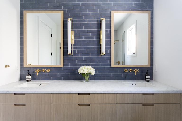 Brick Tile Bathroom Backsplash