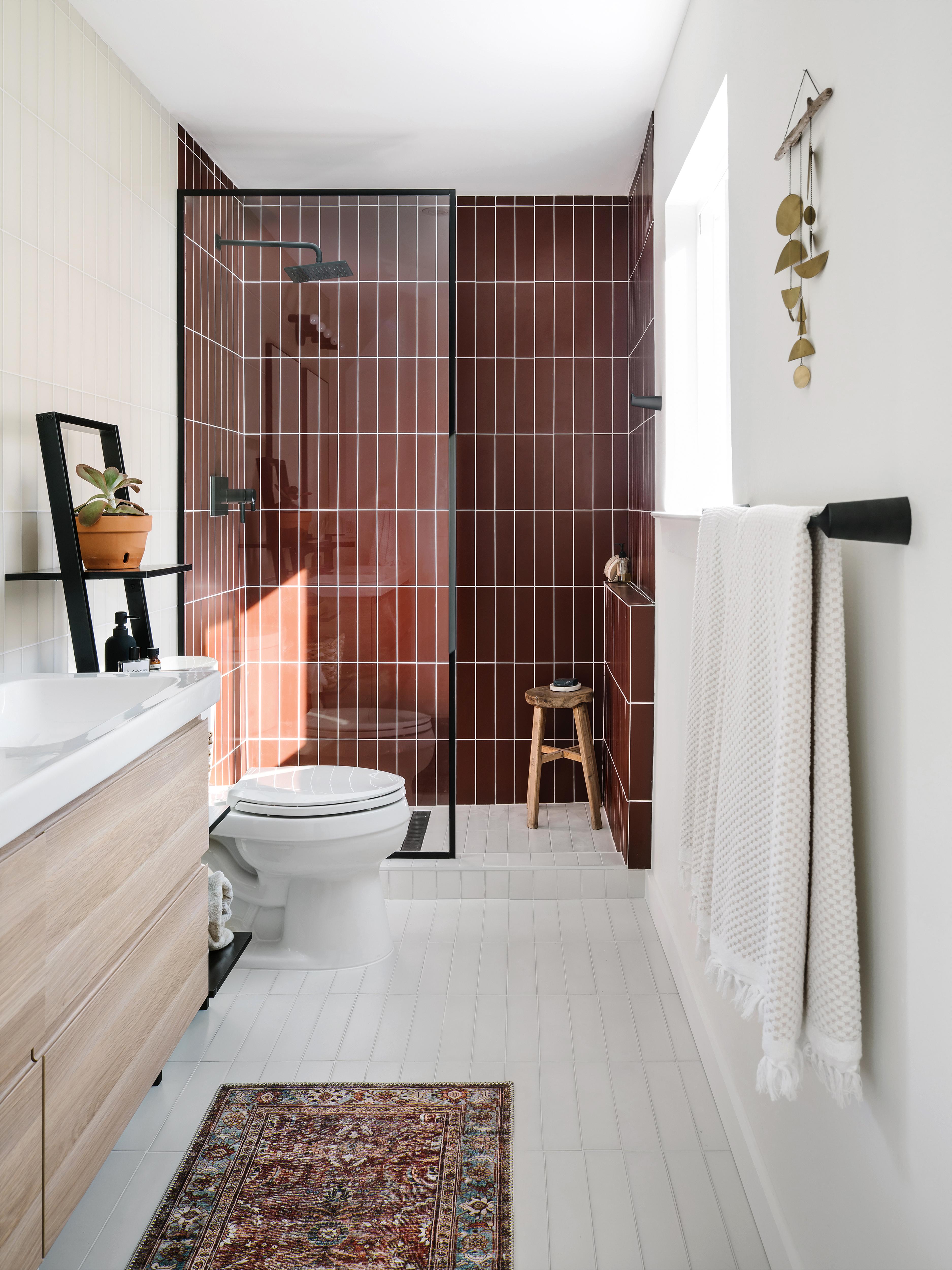 GALLERY_2019_Q2_image_residential_full-rights_influencer_design_photo_chase-daniel_bathroom_shower_walls_glass_pheasant-matte_sparrow-matte_3x12_floor_tile_3x12_halite_vertical_straight-set_FC-263094_FC-263091.jpg?mtime=20190507155606#asset:451443