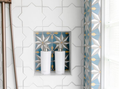 Ali Hynek: Starry Bathroom