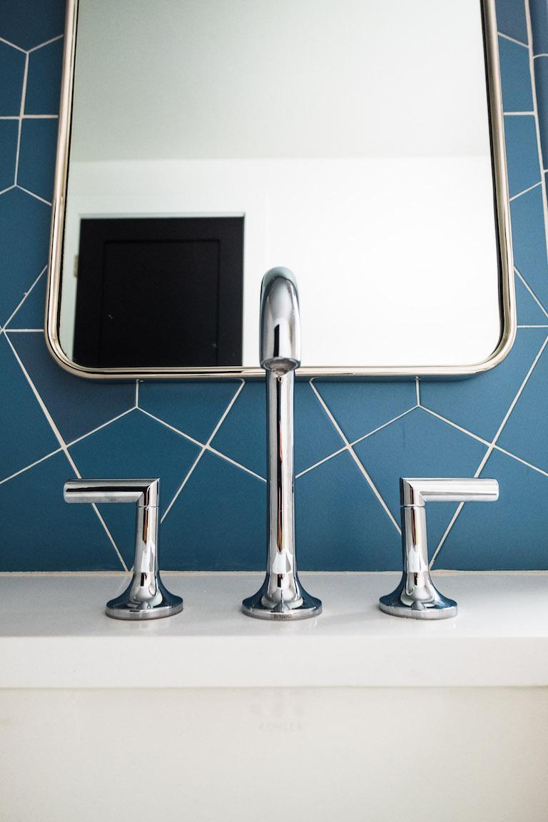 blog-2018_q4_hi_res_rights_FC239163_pam_matt_mcgrogan_ceramic_bathroom_vanity_wall_accent_dusty_blue_hexite_tusk_3x6_field_shower_surround_bullnose_trim_straight_stack_1.jpg?mtime=20190418164803#asset:448802