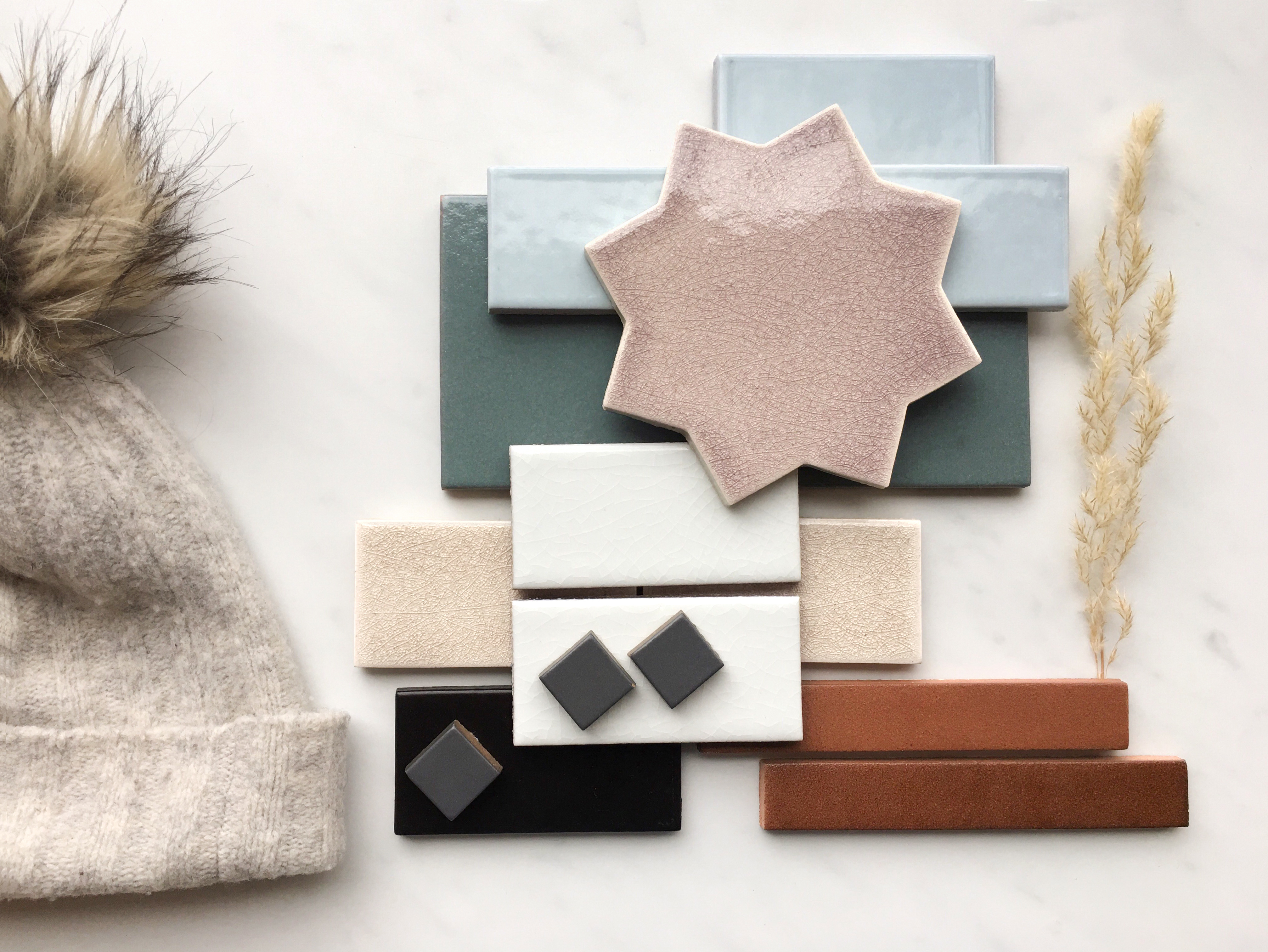 2019_q1_winter_prairie_story_all_colors_crater_lake_basalt_birch_flagstone_mushroom_antique_frost_magnetite_stacked_hat.jpg?mtime=20190207093804#asset:436000