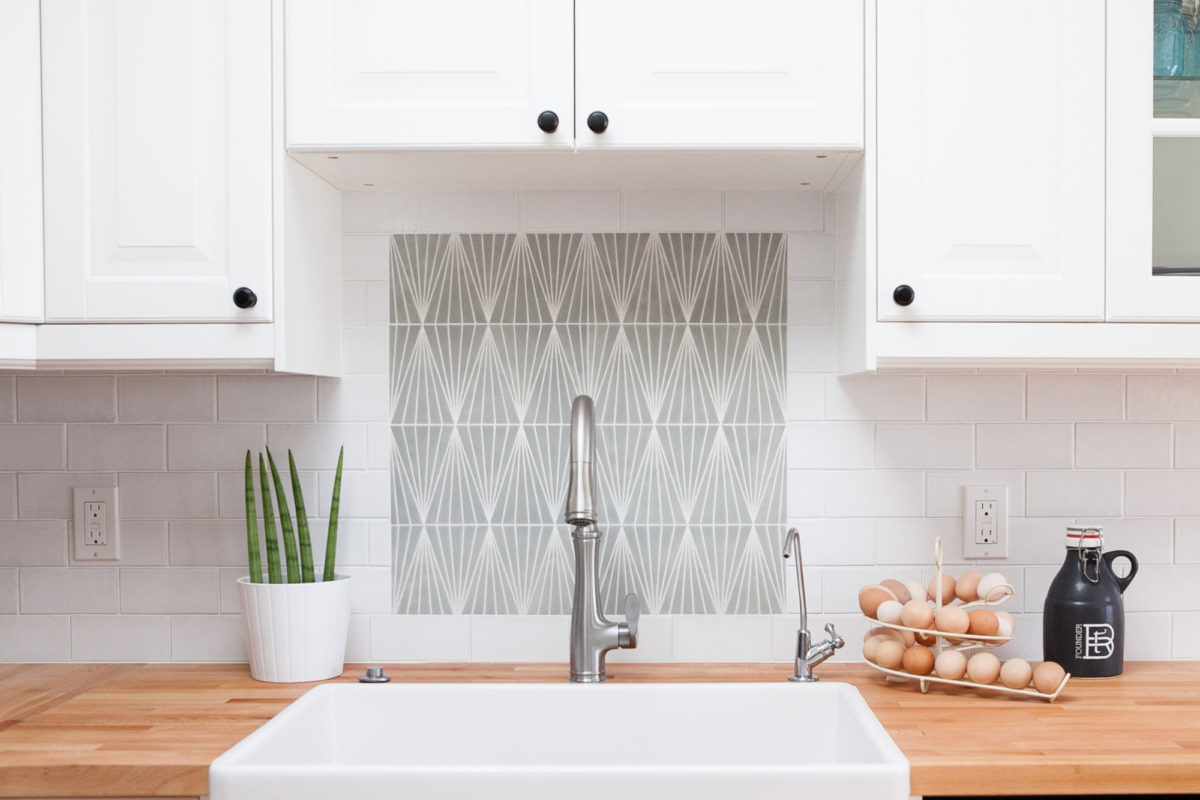 Design Trends: Add a Focal Point to your Backsplash   Fireclay Tile