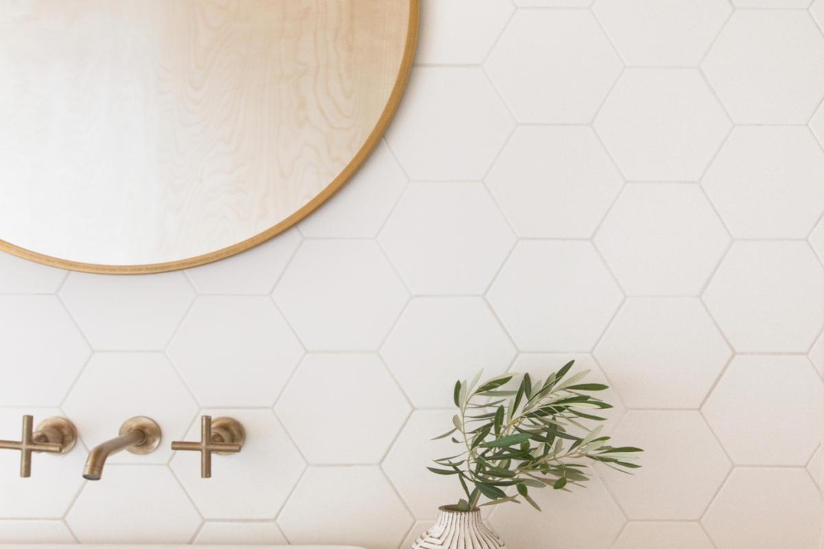 3 Timeless White Bathroom Tile Trends Fireclay Tile