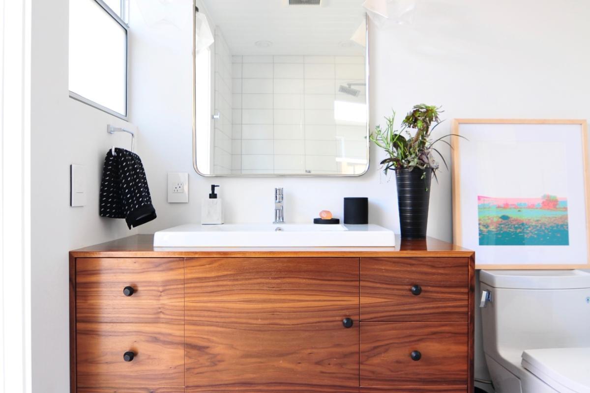 Cool Installation Stories Midcentury Meets Modern Bathroom Interior Design Ideas Tzicisoteloinfo