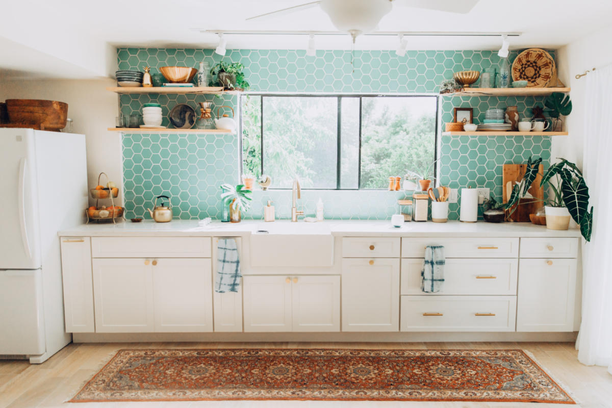 Design Trends: Styling Your Kitchen with Open Shelving