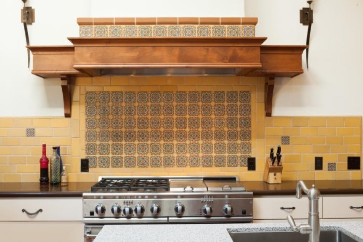 Brilliant Tile School How To Finish Your Backsplash With Trim Complete Home Design Collection Papxelindsey Bellcom