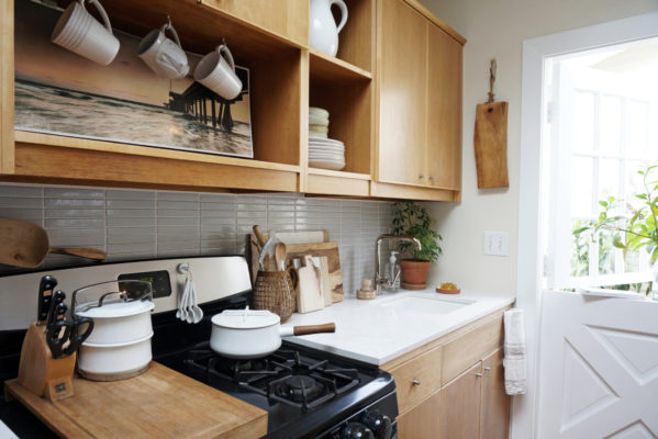 Installation Stories: The Tiny Canal Cottage Kitchen