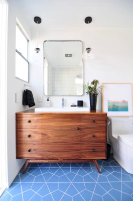 Installation Stories: Midcentury Meets Modern Bathroom