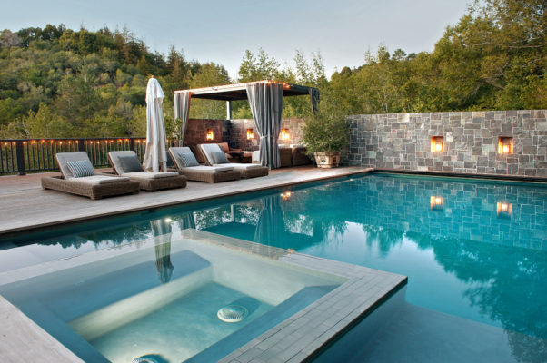 How to Choose Tile For Pools and Other Wet Spaces