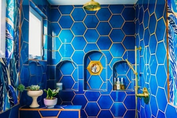 Top 10 Bold Bathrooms