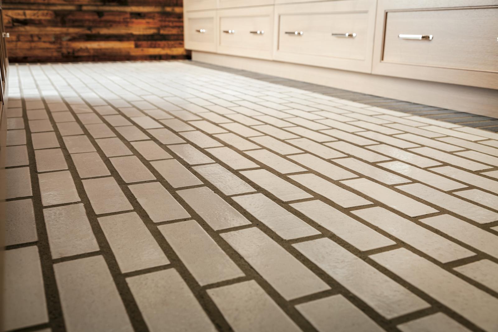 Brick__Cotton__Galaxy__GE_Appliances-Power_Creative__Kitchen-2.jpg?mtime=20180618203541#asset:333610