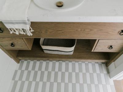 Villa Bonita: Powder Room Floor Tile
