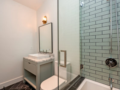 Luxe Brick Shower in Willow