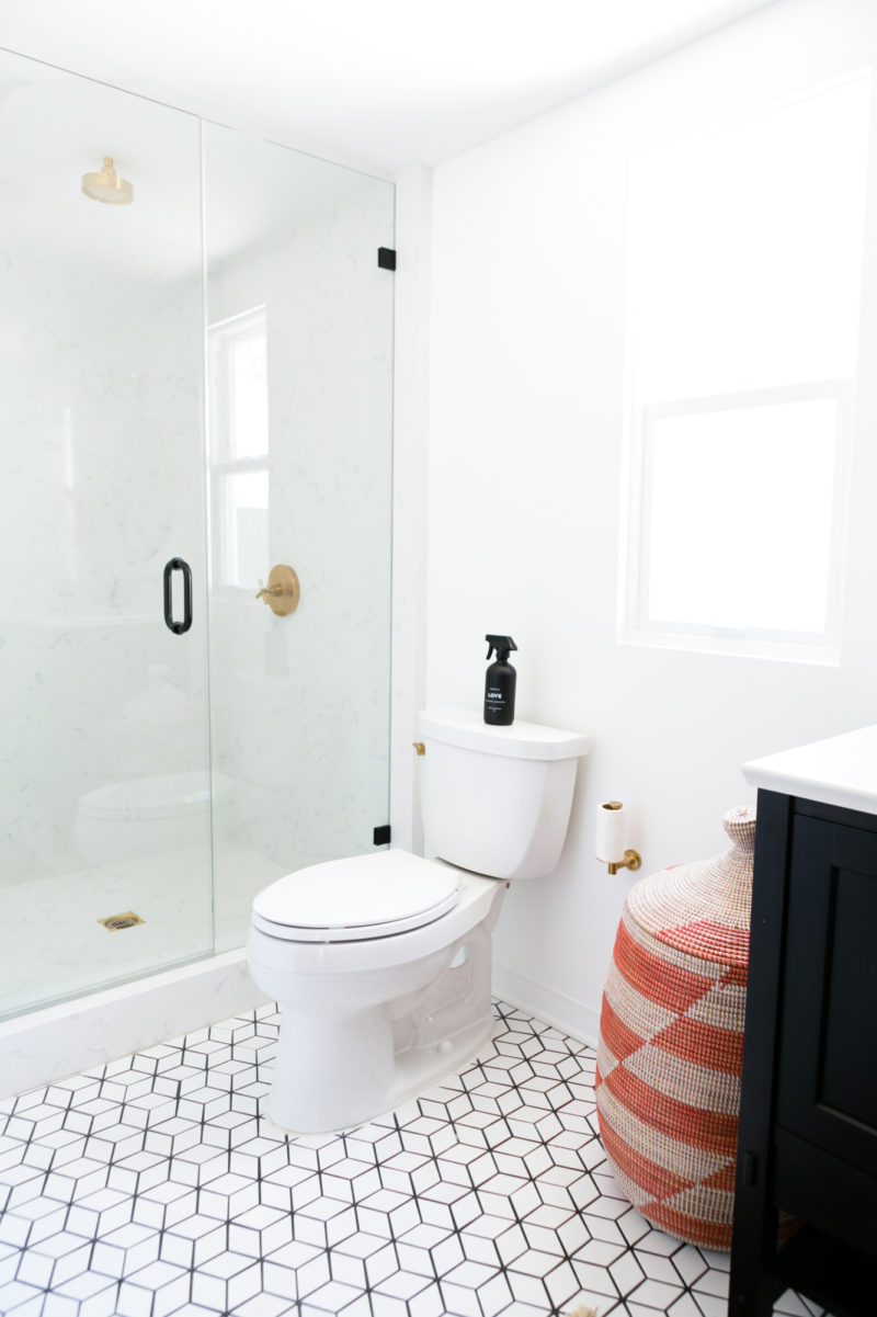 Shower Floor Tiles Which Why And How: Jaclyn Johnson's Small Diamond Bathroom Floor