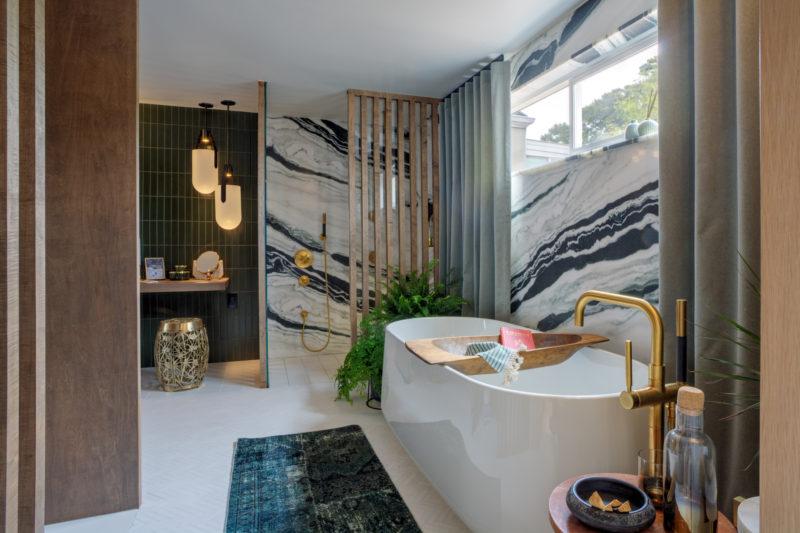 Sf Decorator Showcase Master Bath Fireclay Tile