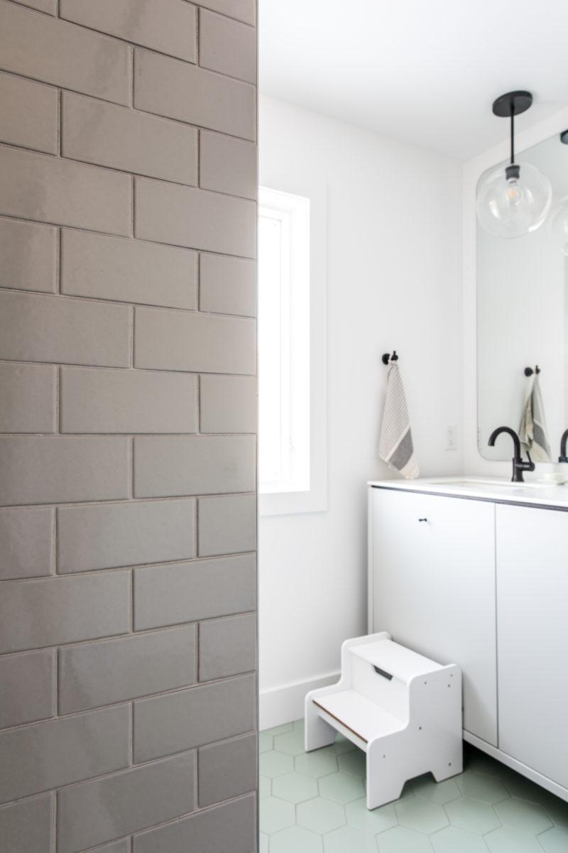 The Fresh Exchange: Kids/Guest Bath   Fireclay Tile