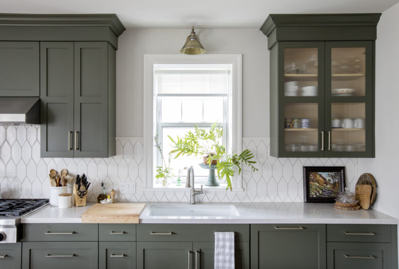 Francesca Albertazzi Picket Kitchen Backsplash Fireclay