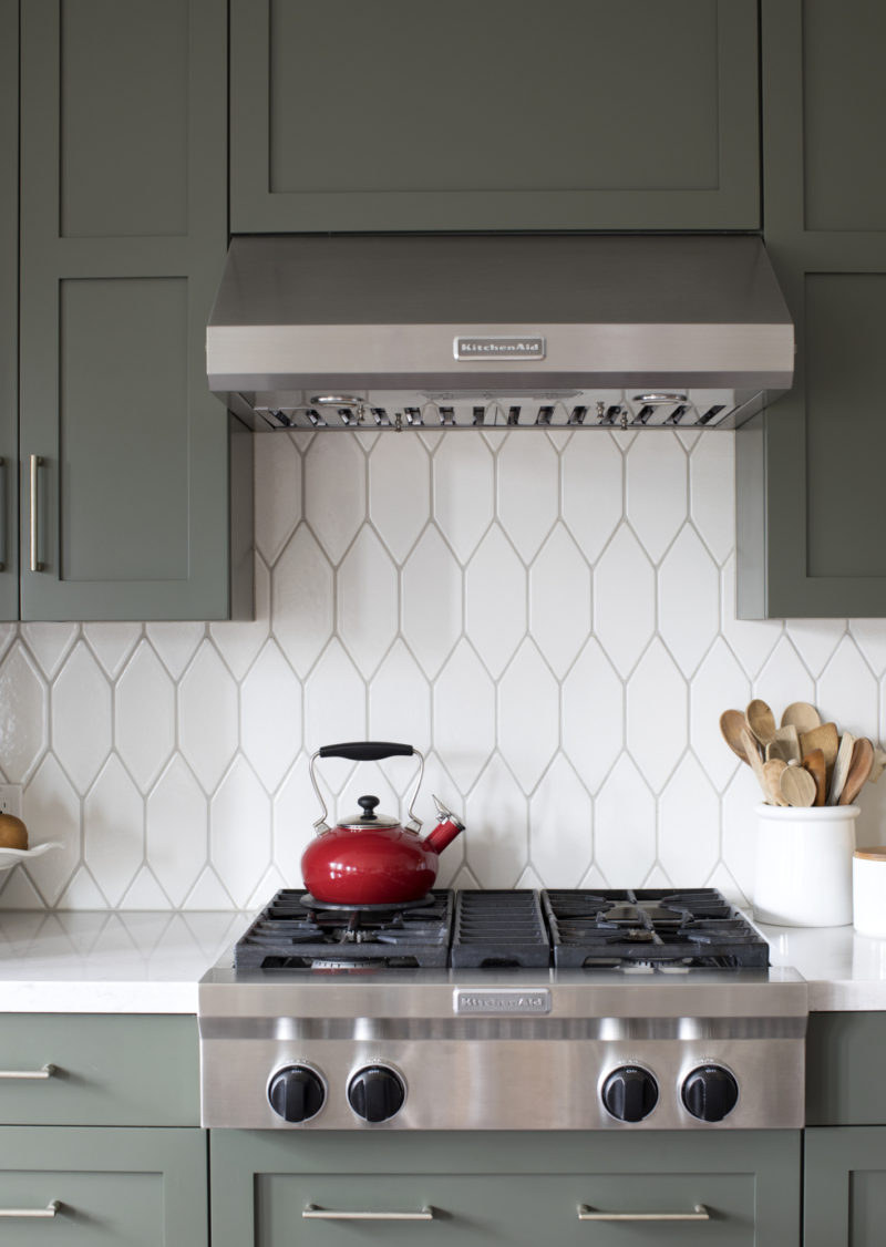 Francesca Albertazzi Picket Kitchen Backsplash Fireclay