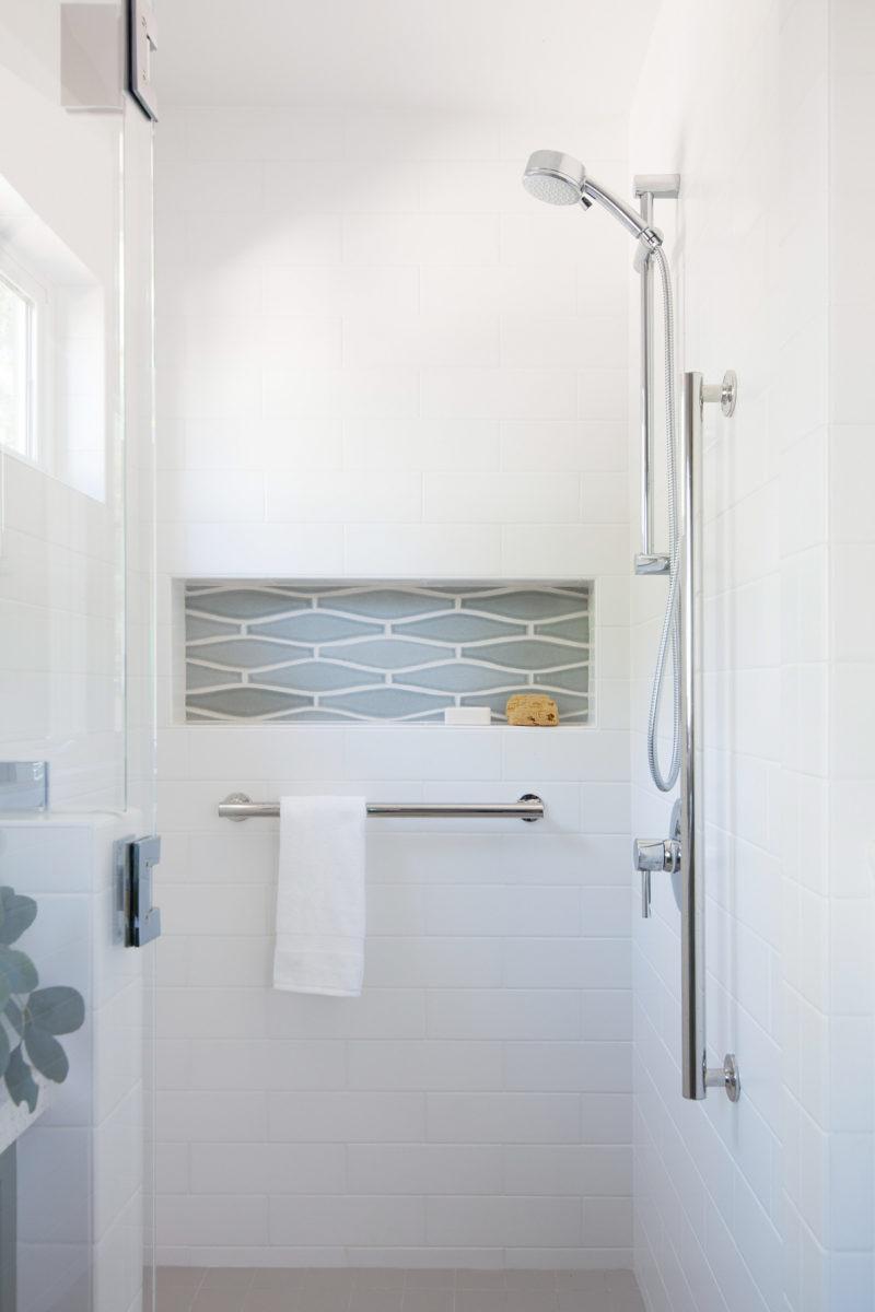 Pennington Studios Wave Bathroom Fireclay Tile