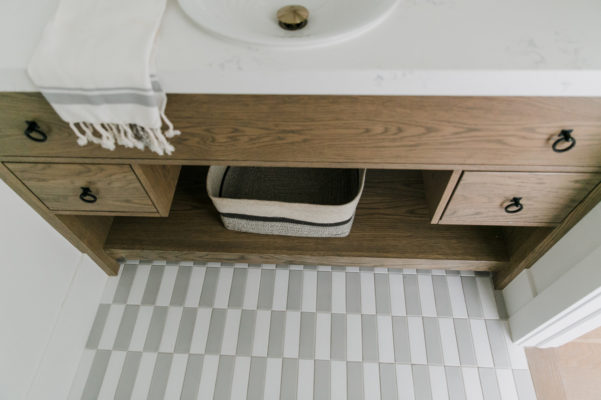 Villa Bonita: Powder Room Floor Tile