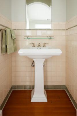 Timeless & Traditional San Francisco Bathroom