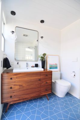 Midcentury Meets Modern Bathroom