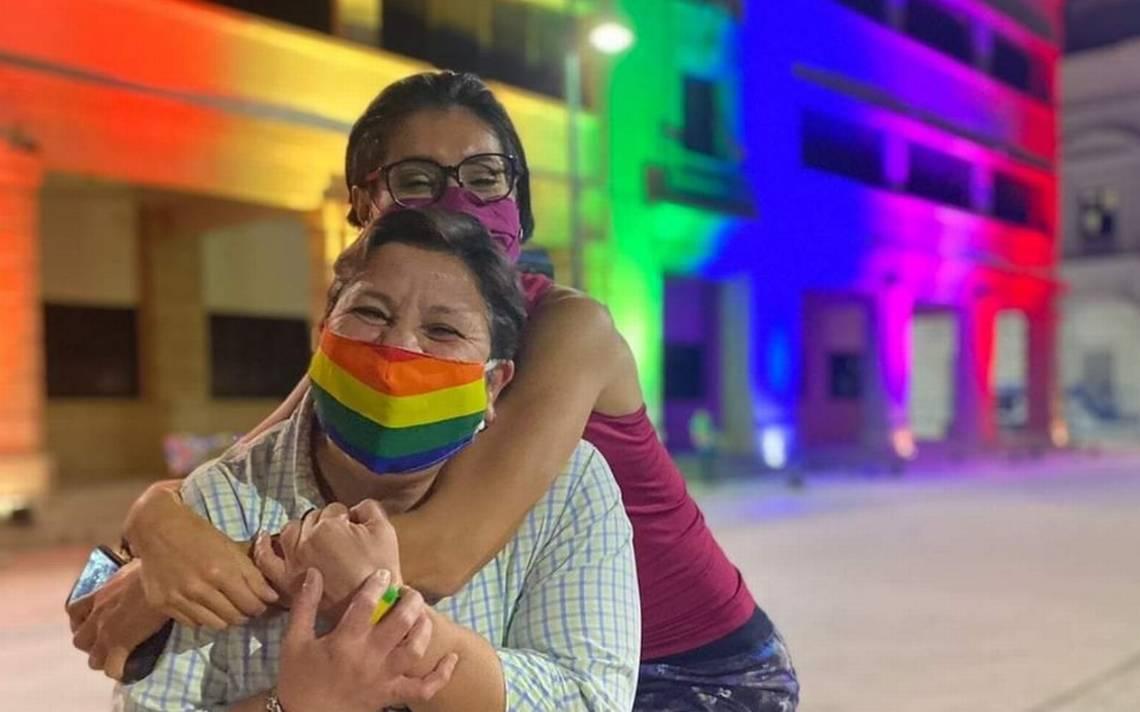 Se registra primer caso de inscripción al ISSSTE de Sonora de pareja de mujeres 👩❤️👩