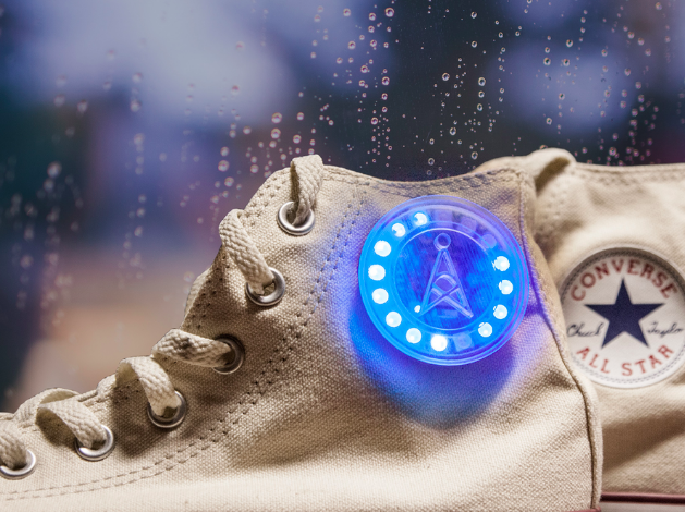 Weather forecasting sneakers made with IFTTT