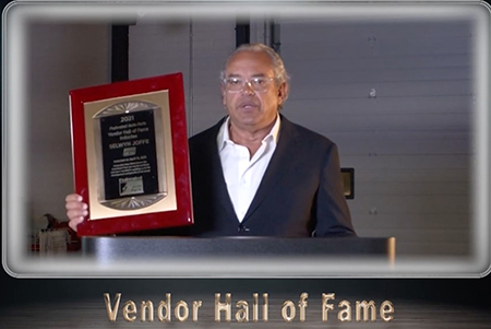 Motorcar Parts of America accepts award for Federated Vendor Hall of Fame