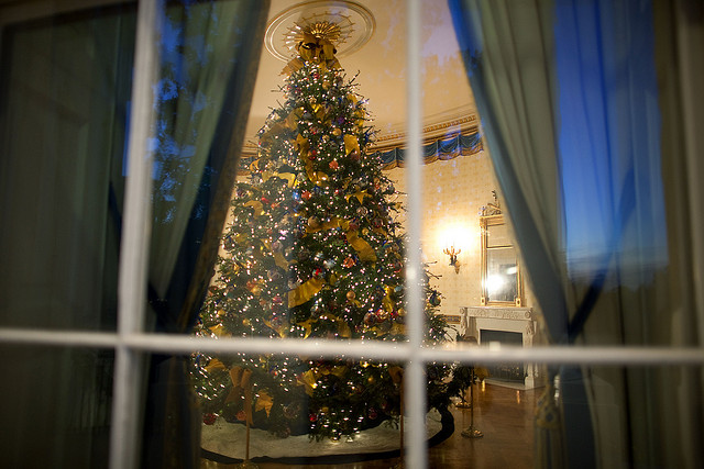 Christmas Eve In Washington.The Scoop With Christmas Eve In Washington Songwriter Maura