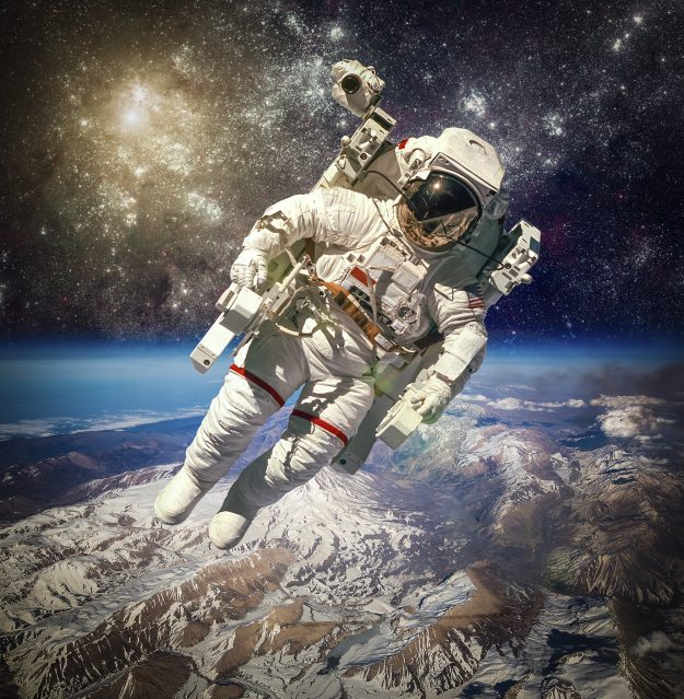 who are the astronauts in space right now - photo #11