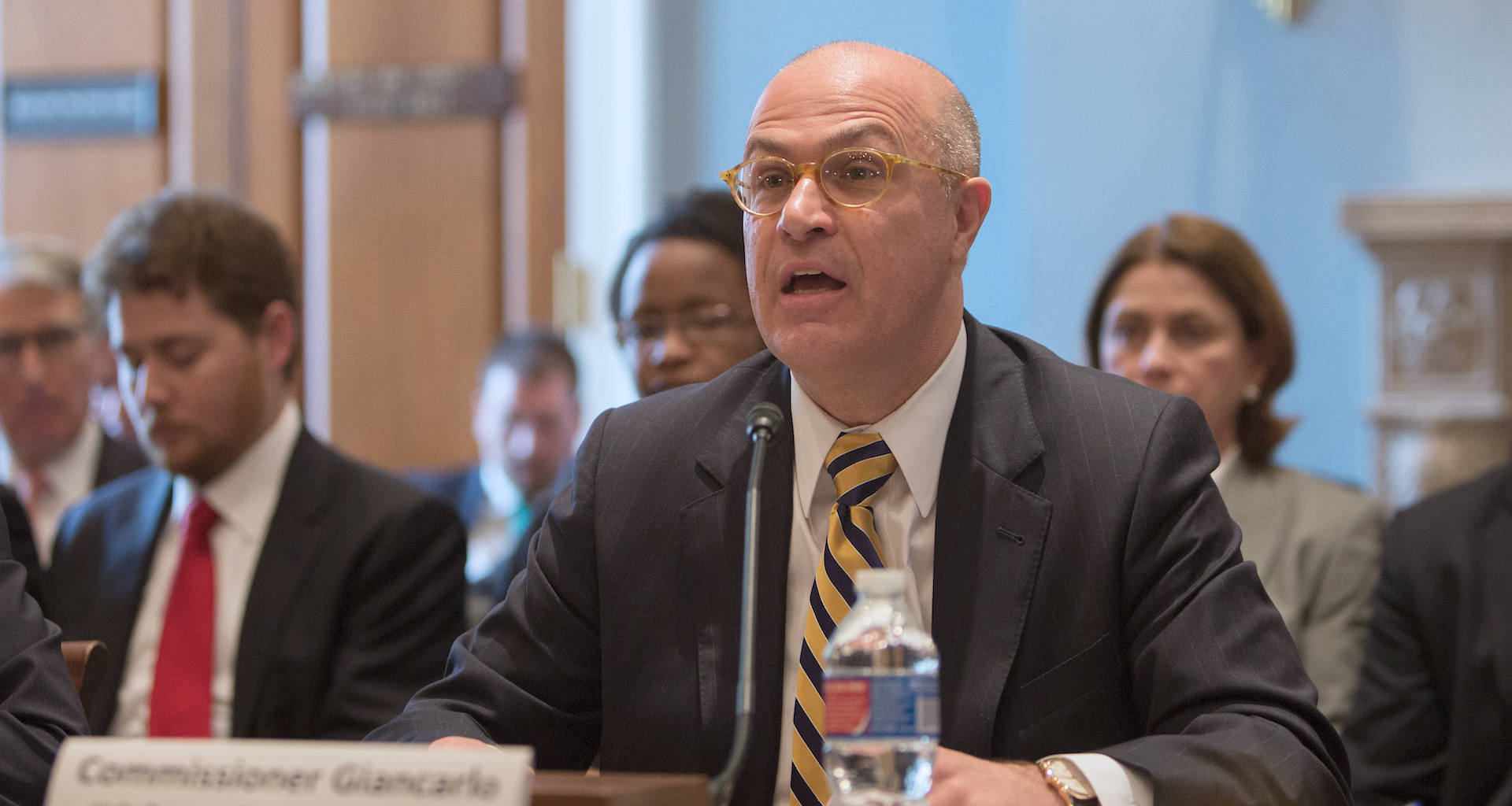 CFTC chairman: Government must ditch 'analog regulation,' embrace blockchain