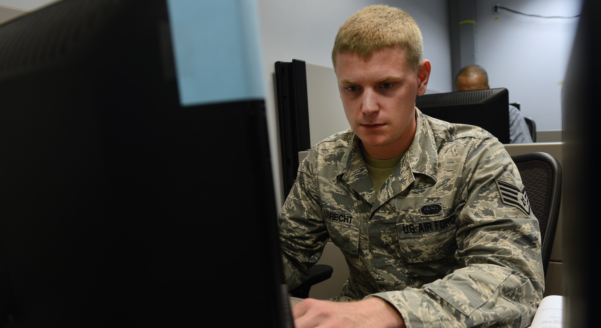 Air Force opens itself up to hacking, again - FedScoop