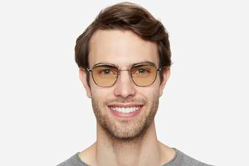 Haro sleepglasses in silver on male model viewed from front