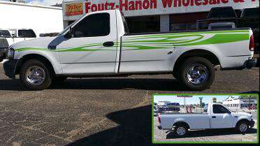 Oracal 651 High Gloss cut graphics on truck. Photo courtesy of Foutz-Hanon Truck Accessories, Farmington, NM.