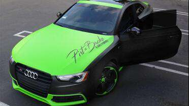 Arlon 2600LX Toxic Green and Matte Black. Photo courtesy of Pist n Broke Customs, Rancho Cucamonga, CA.