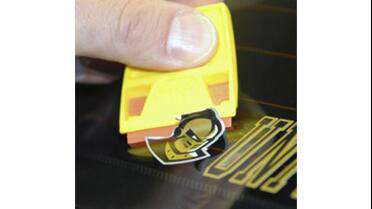 ScrapeRite Plastic Razor Blades used to remove graphics. Photo courtesy of ScrapeRite.