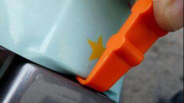 "YelloTools YelloMini ""Hang Loose"" Squeegee. Photo courtesy of YelloTools."