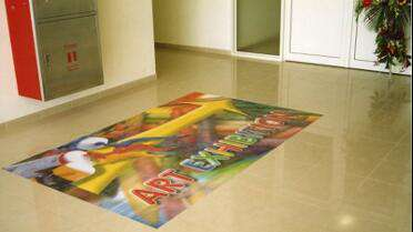 Permaflex PF6454 Floor Overlaminate over printed floor graphic. Photo courtesy of Mactac.