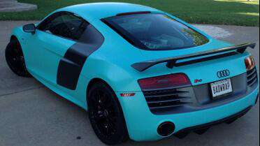 "Audi R8 solid color ""tiffany blue"" print with Mutoh Printer"
