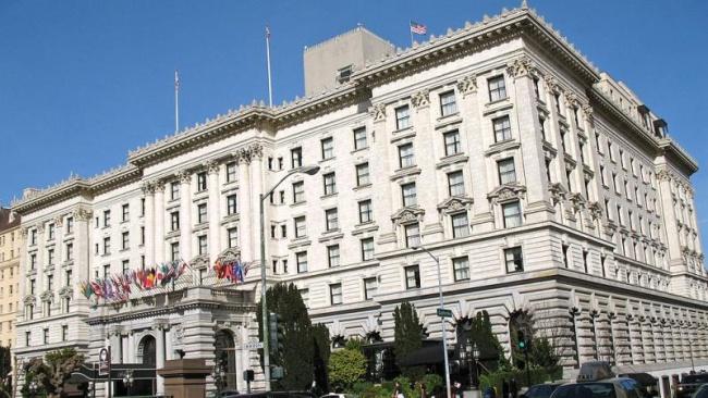 650px-Fairmont_Hotel_(San_Francisco)