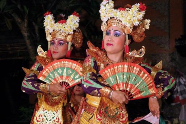Bali-Danse_0704a