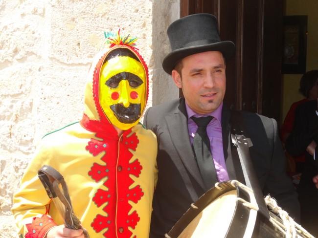 El Colacho with his drummer…post-amble, pre-drinking
